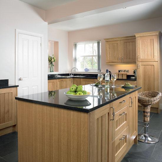 oak country kitchen designs photo - 5
