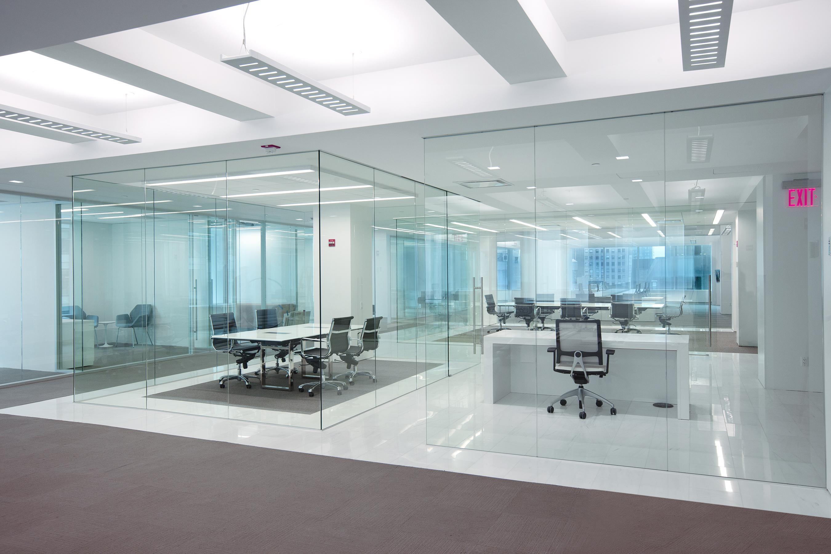 office interior glass walls photo - 3