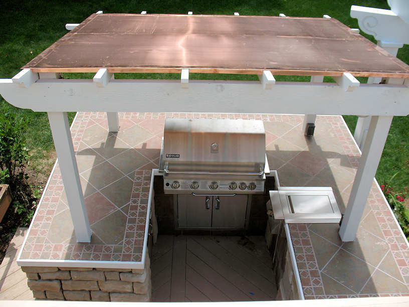 outdoor bar roof design photo - 3