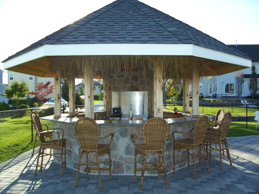 outdoor bar roof design photo - 5