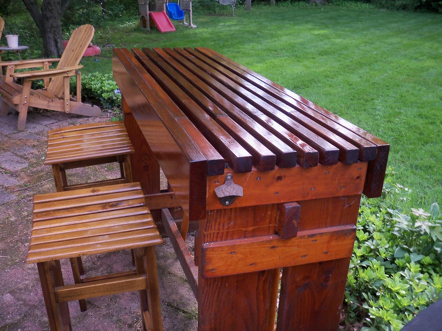 outdoor bar table design photo - 10