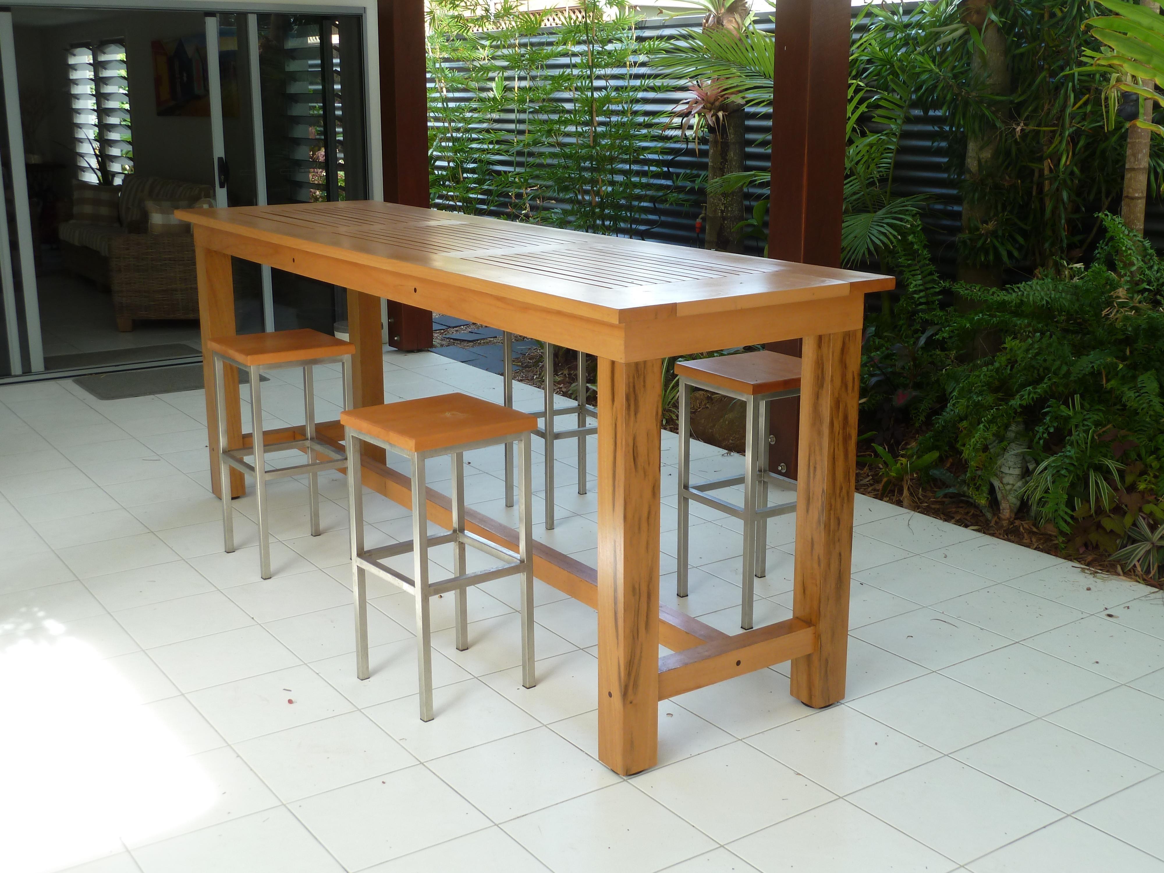 outdoor bar table design photo - 3
