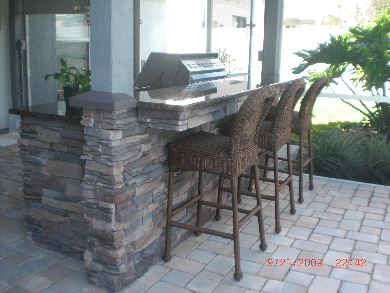 Outdoor brick bar designs | Hawk Haven on