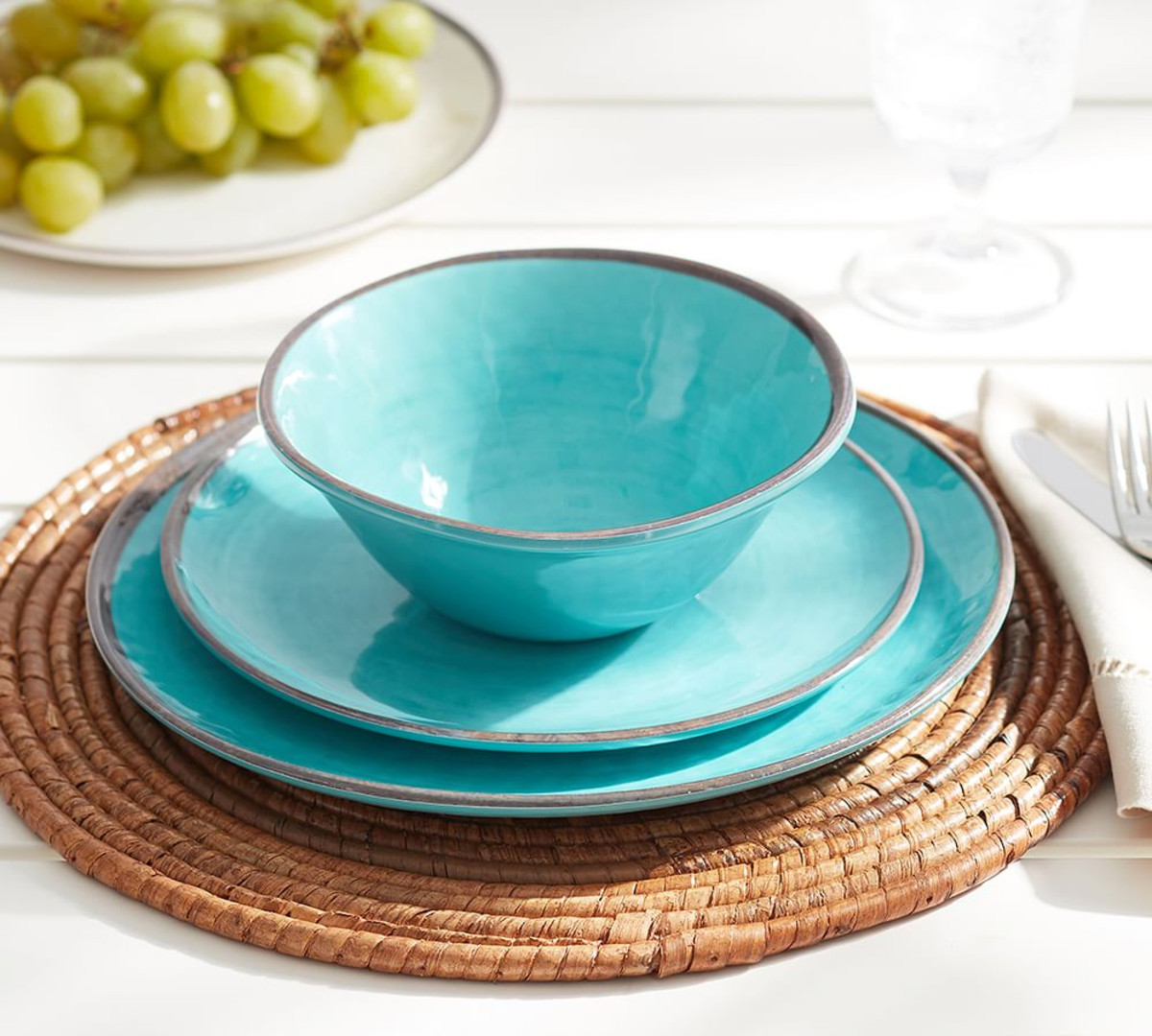 Incroyable Outdoor Dining Plate Sets