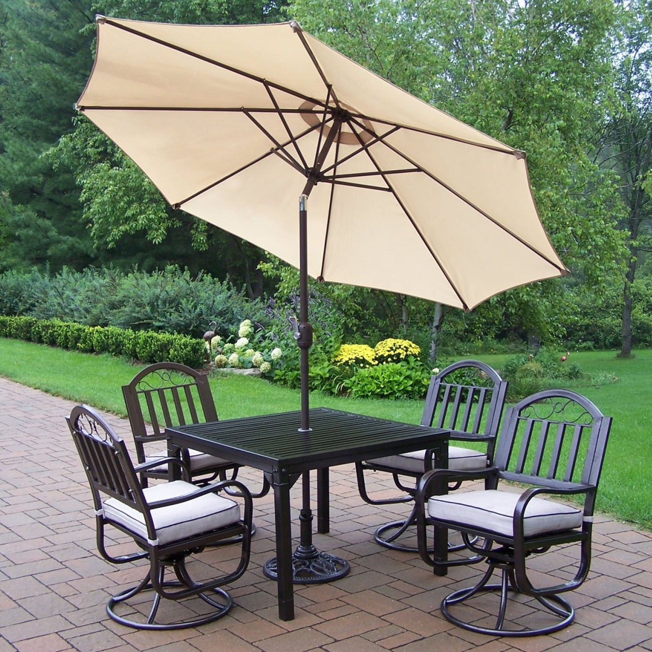 outdoor dining sets with umbrella photo - 2