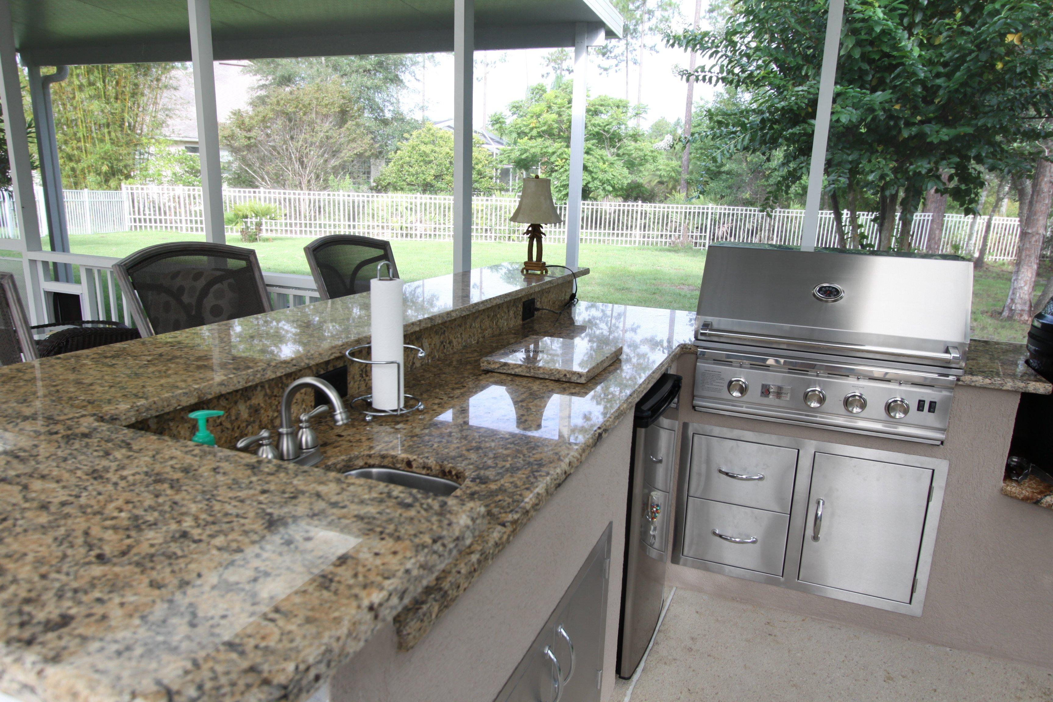 outdoor kitchen enclosures photo - 5
