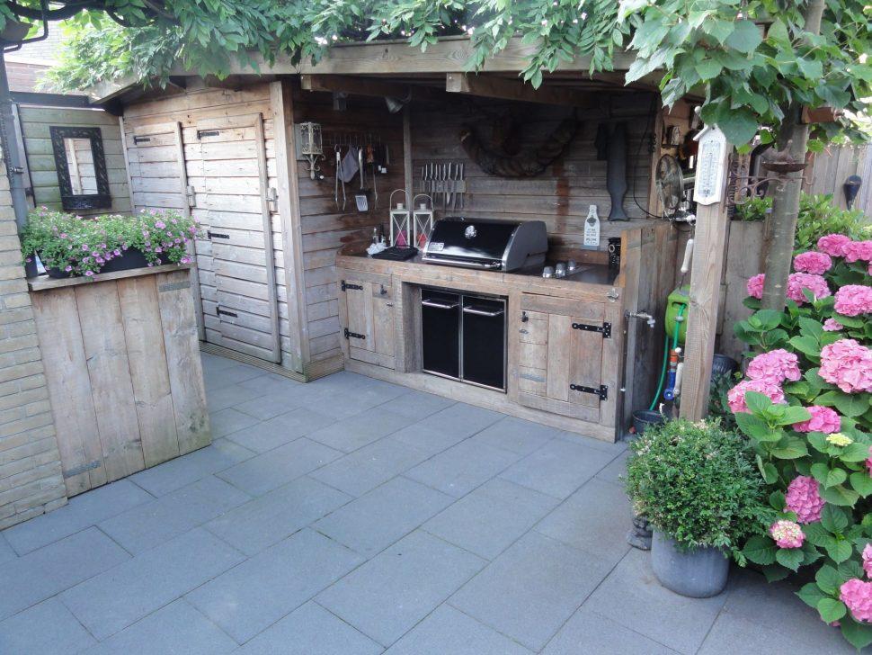 outdoor kitchen enclosures photo - 8