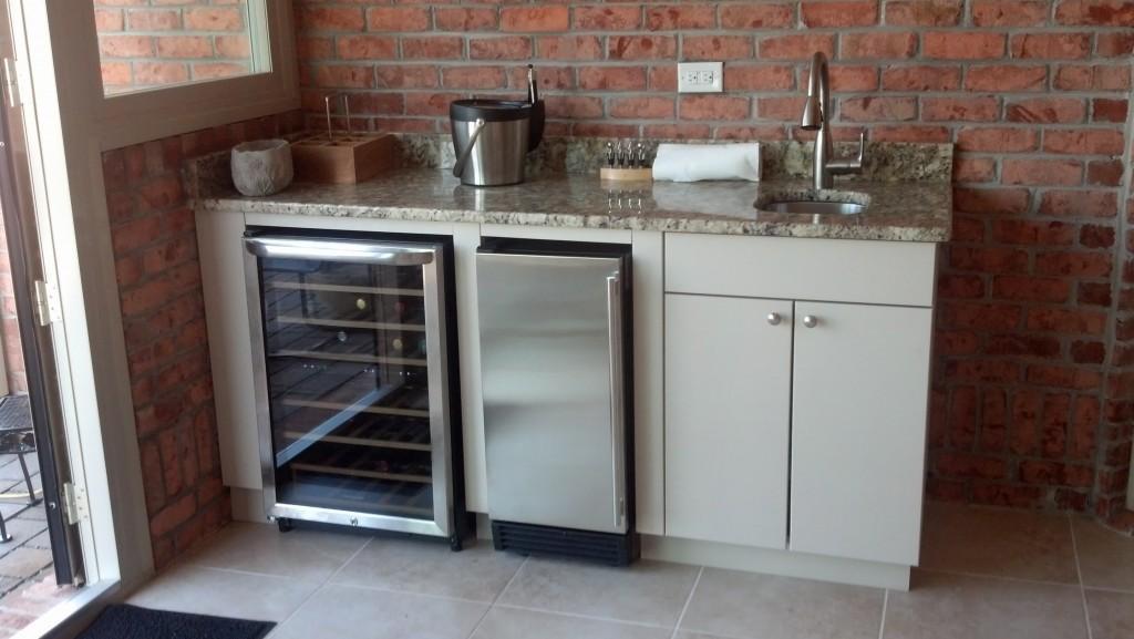 outdoor kitchen ice maker photo - 1