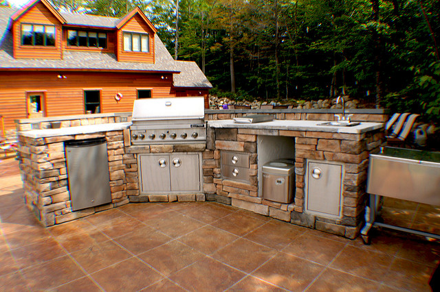 outdoor kitchen ice maker photo - 6