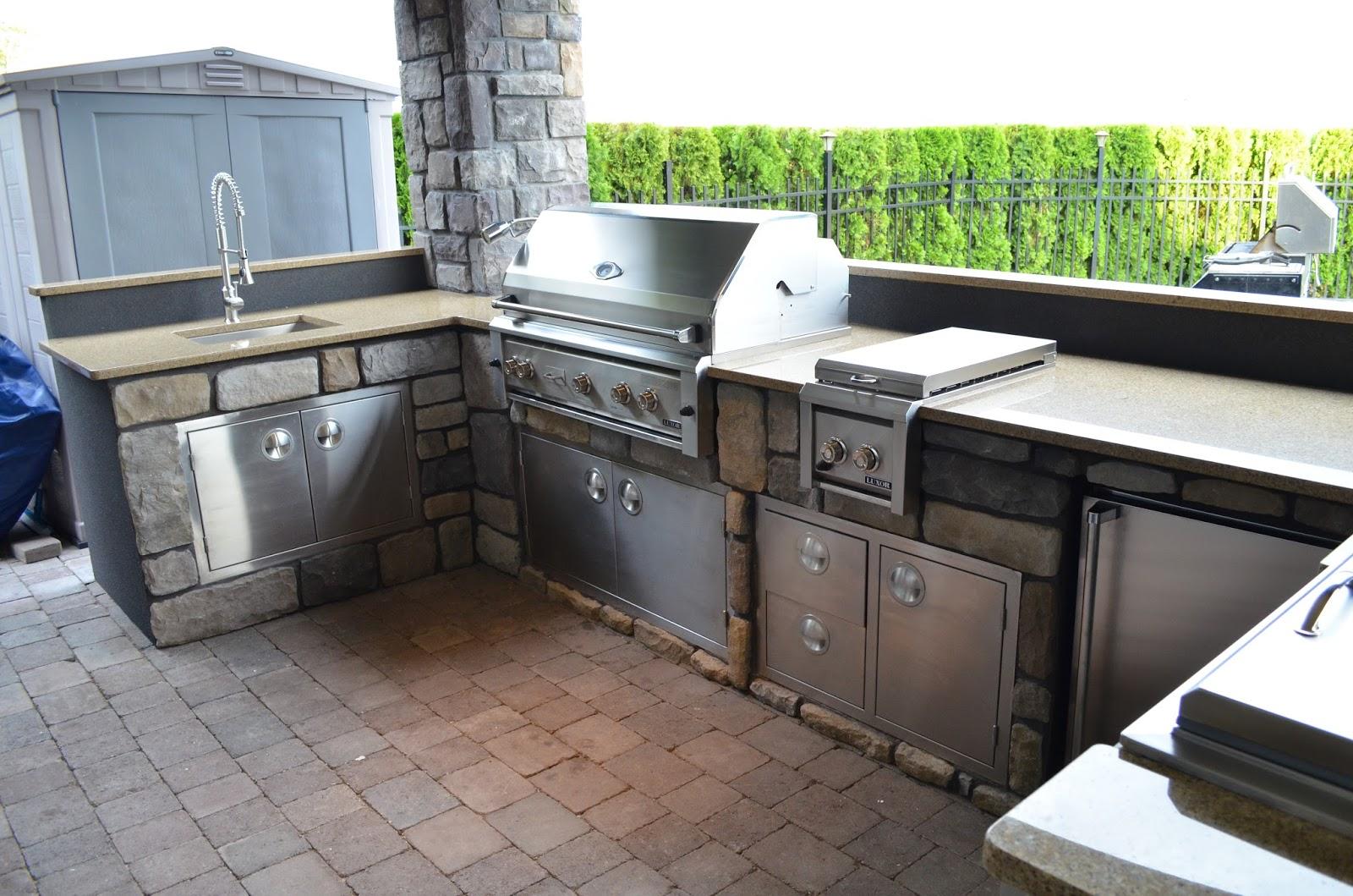outdoor kitchen ice maker photo - 7