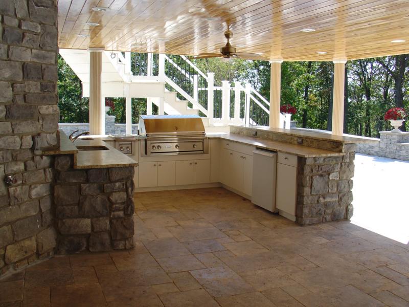 outdoor kitchen on deck photo - 10