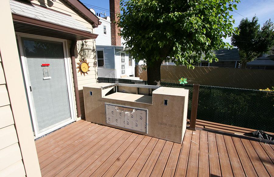 outdoor kitchen on deck photo - 9