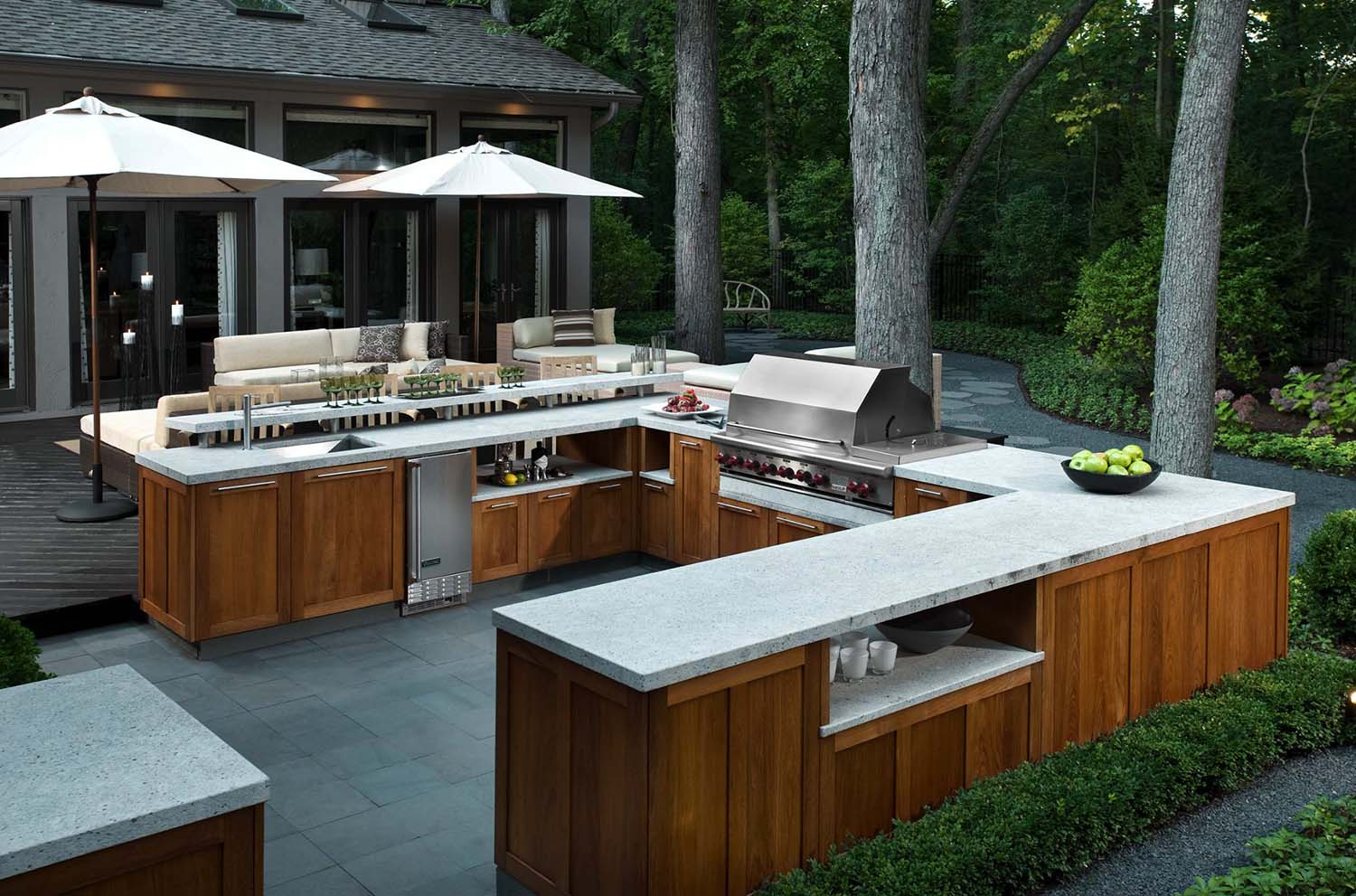 outdoor kitchen with bar photo - 5