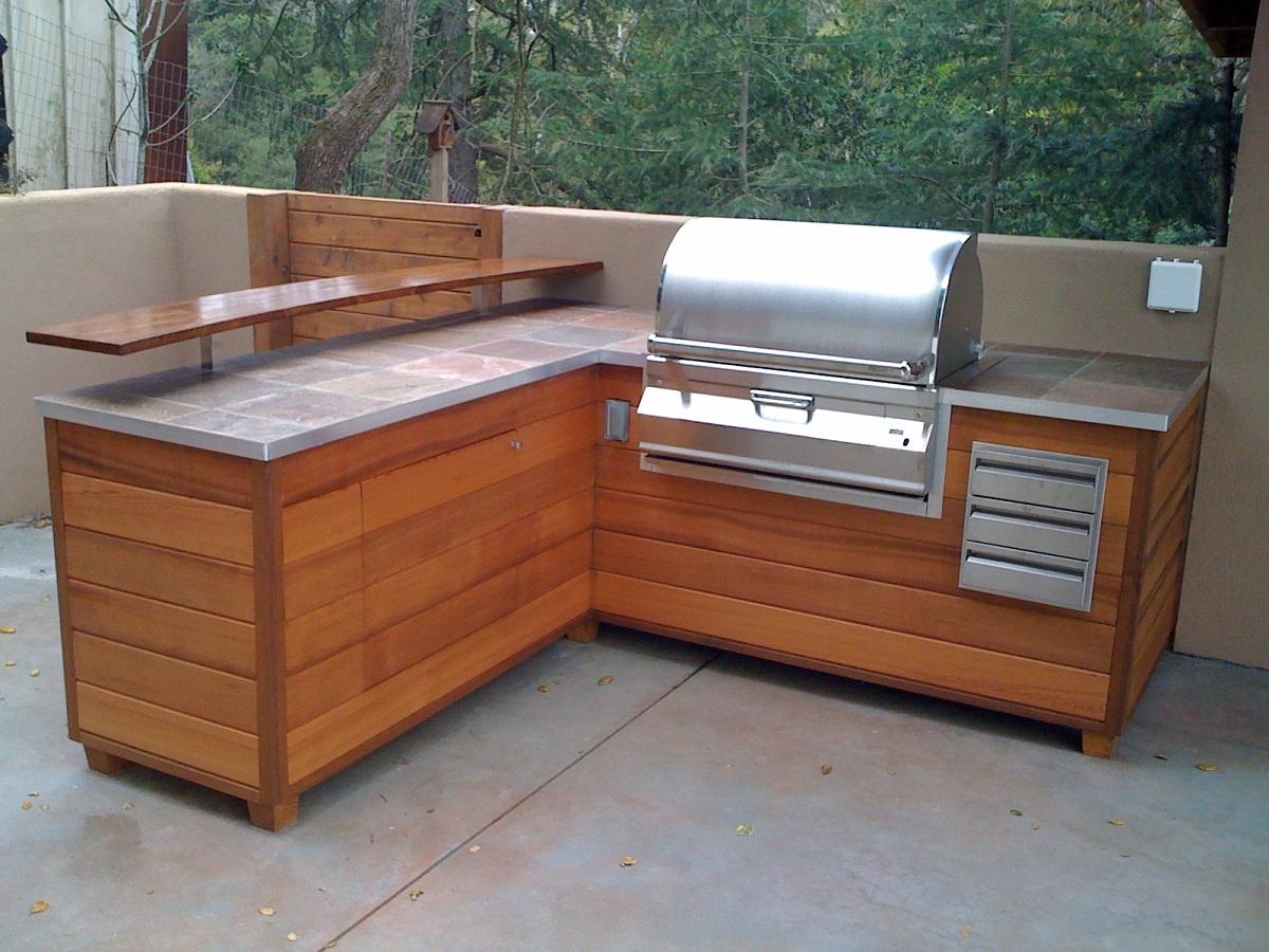 outdoor kitchen wood frame photo - 2
