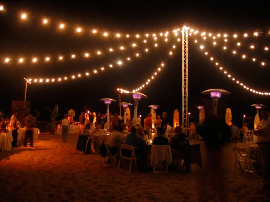 outdoor party lights string photo - 10