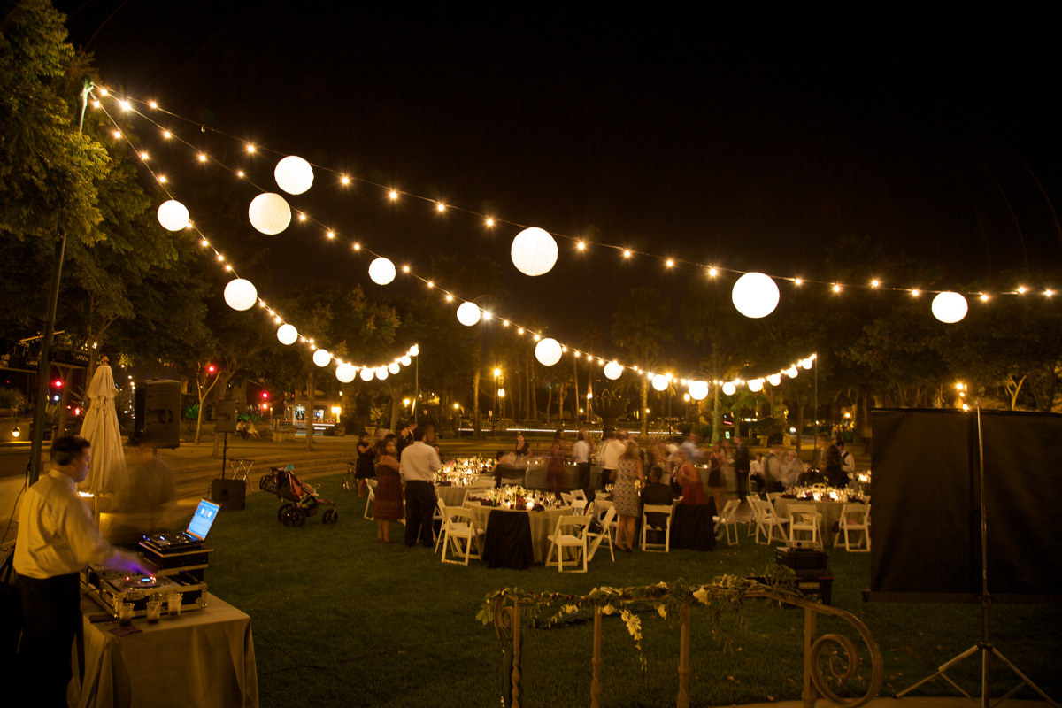 outdoor party lights string photo - 4