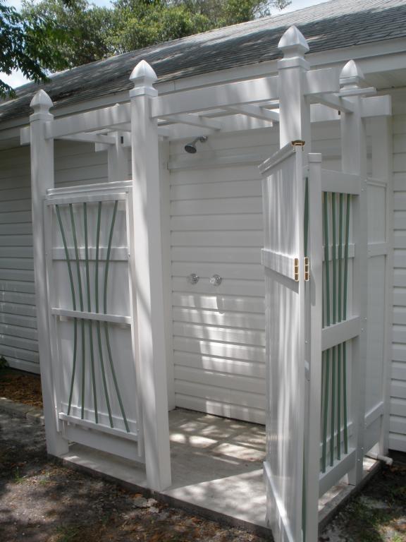 outdoor shower beach house photo - 5