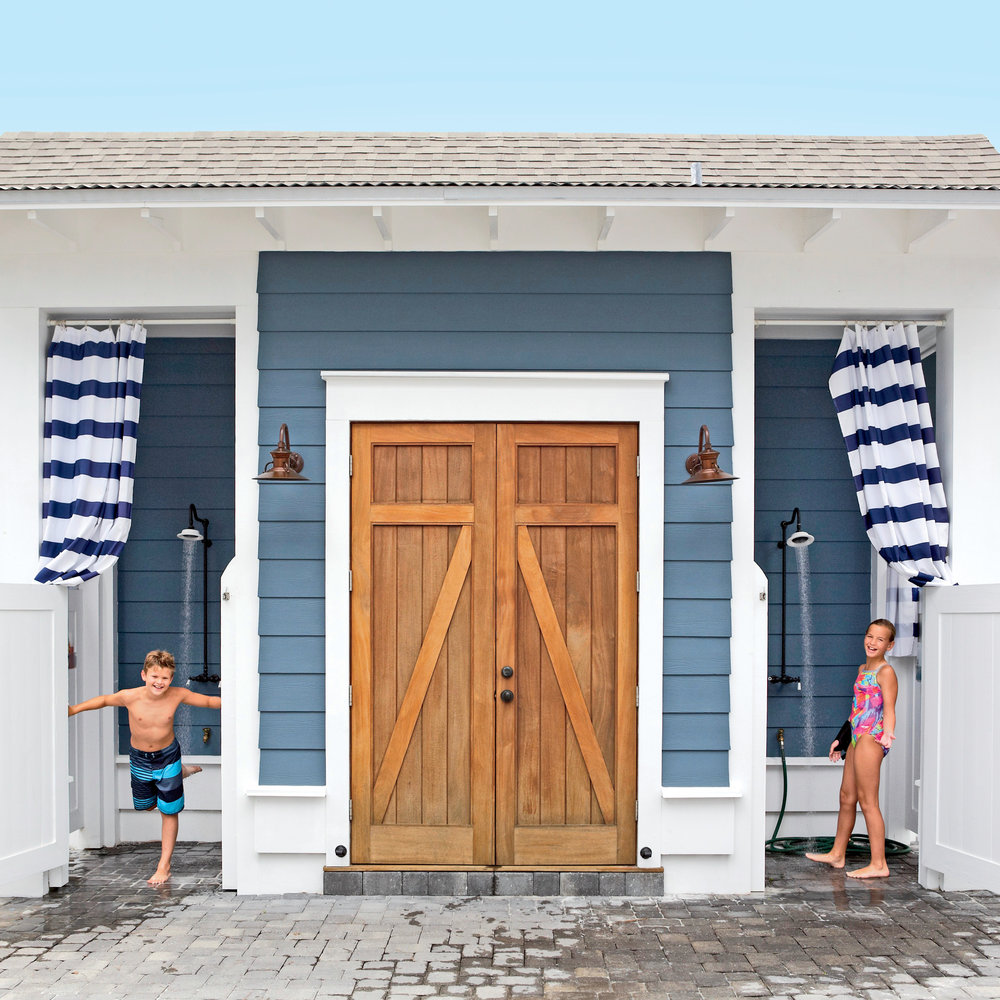 outdoor shower beach house photo - 9