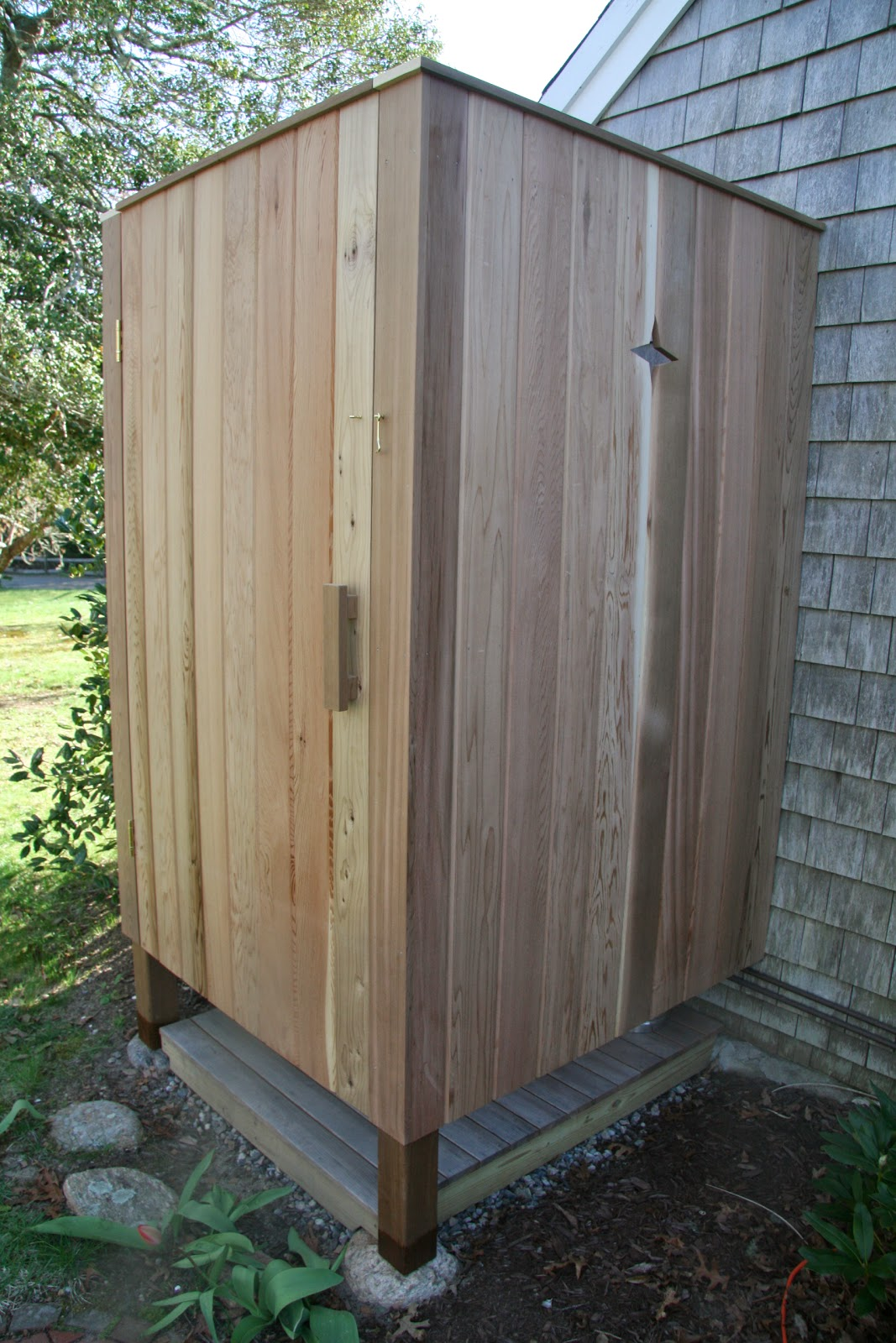 outdoor shower build photo - 9