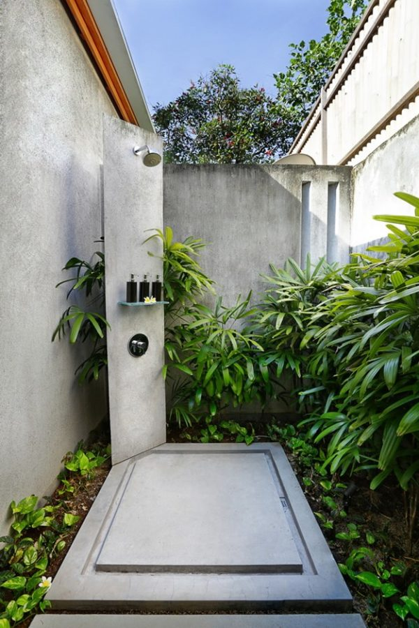 outdoor shower drainage photo - 10