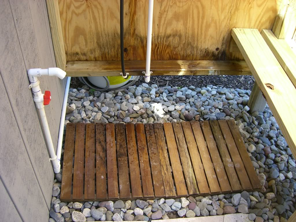 outdoor shower drainage photo - 7