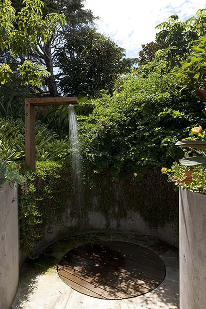 outdoor shower garden photo - 3