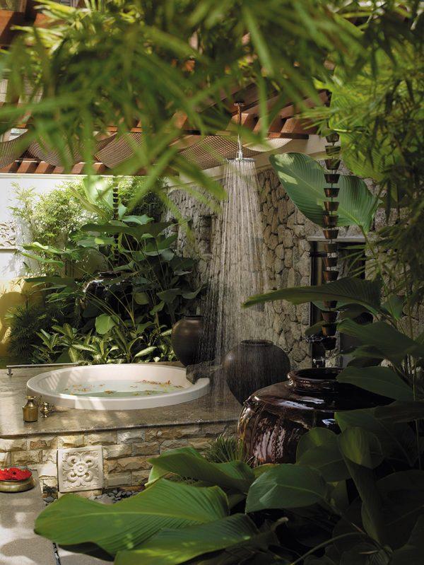 outdoor shower garden photo - 5