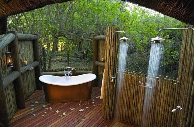 outdoor shower layout photo - 4