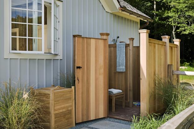 outdoor shower layout photo - 7