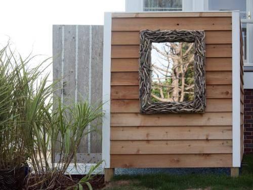 outdoor shower mirror photo - 3