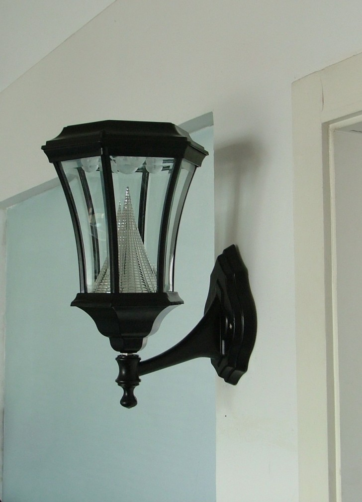 outdoor wall accent lighting photo - 5