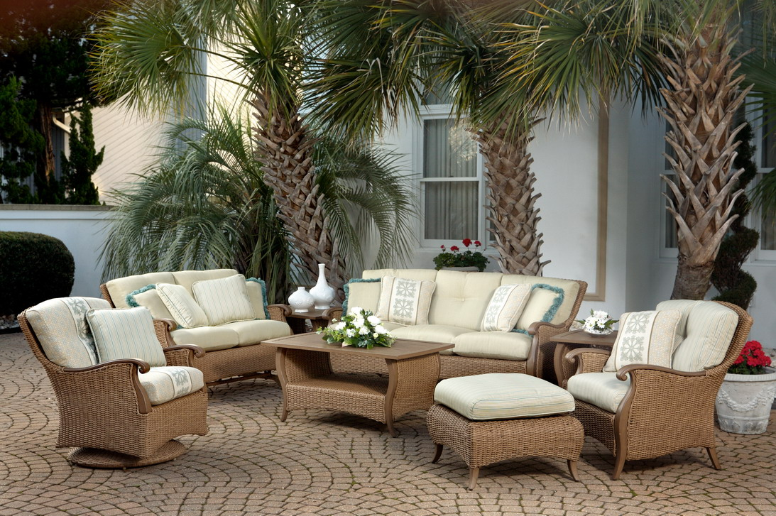outdoor wicker furniture photo - 4