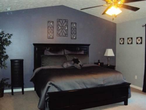 painting my bedroom furniture black photo - 1