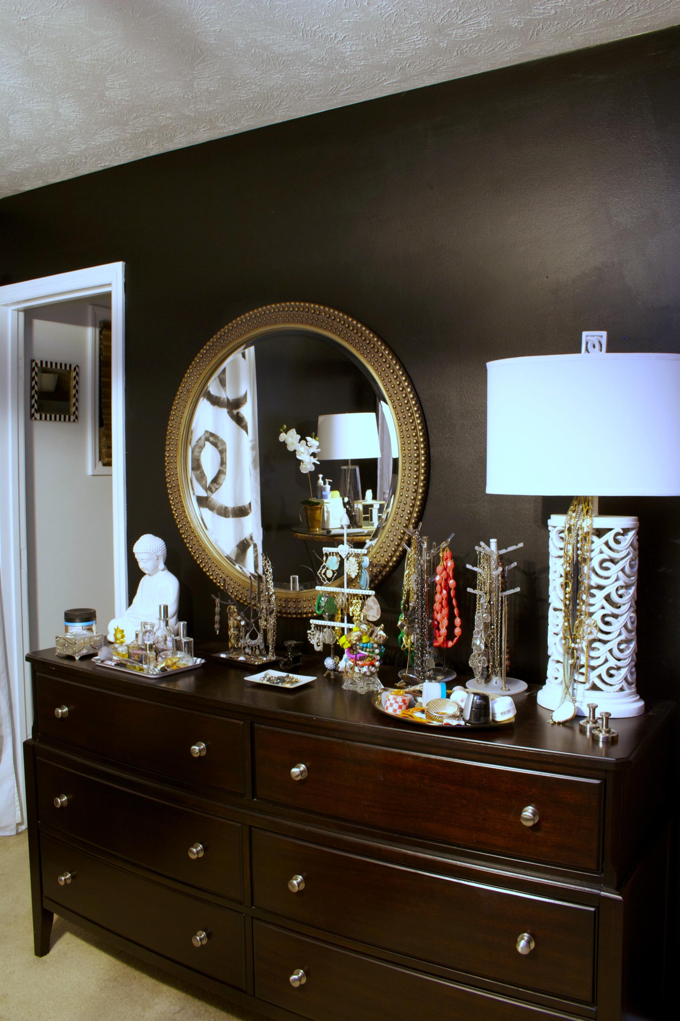 painting my bedroom furniture black photo - 4