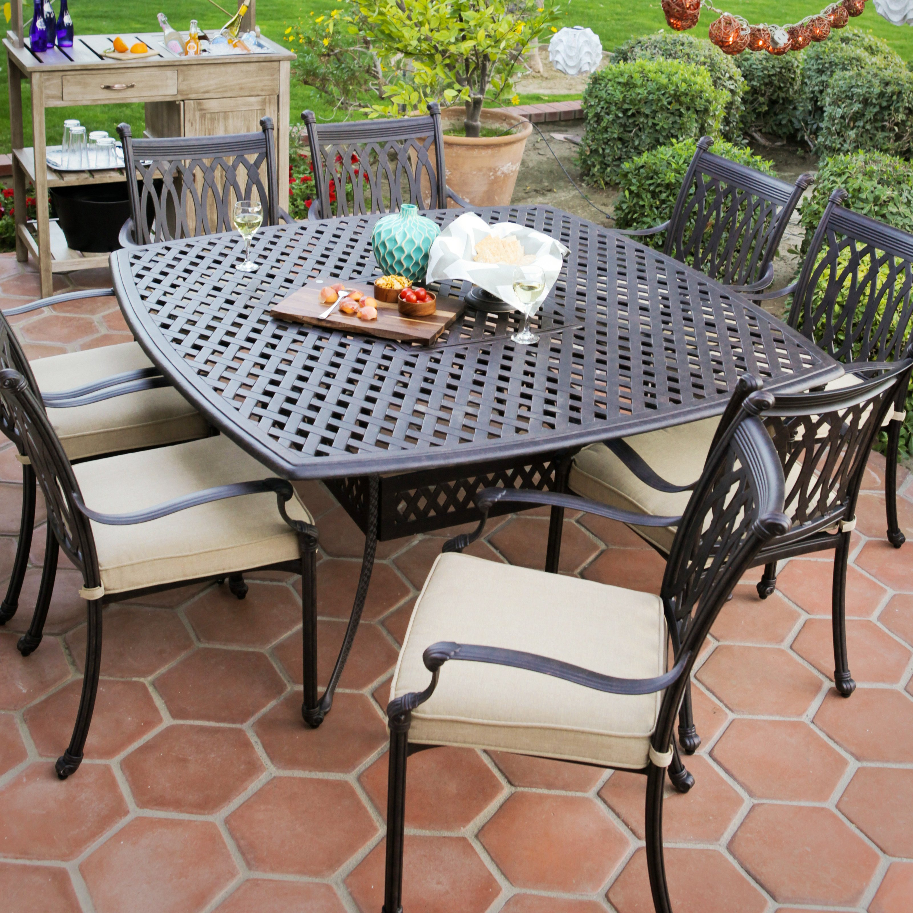 Picture of: Patio Dining Sets Lowes Hawk Haven