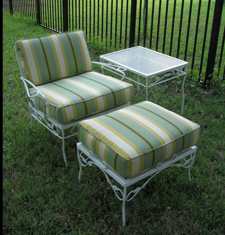 patio furniture for small spaces photo - 10