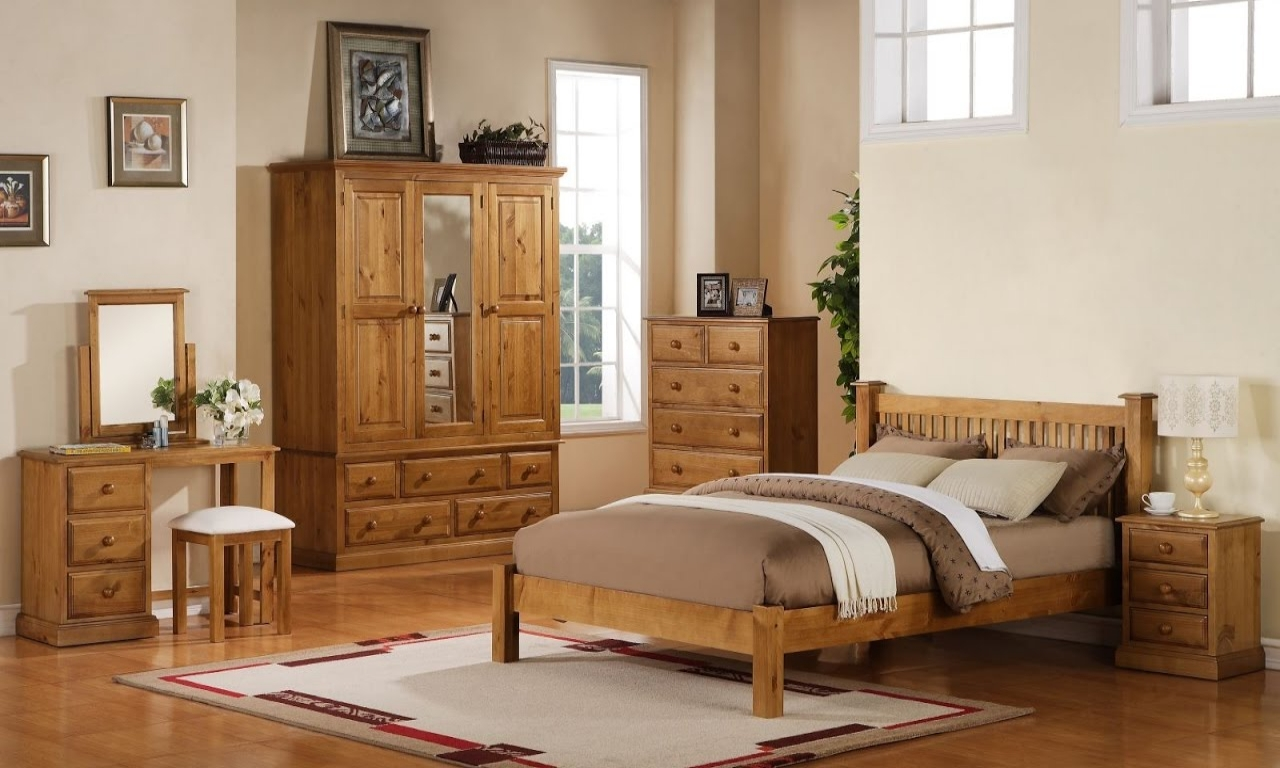 pine bedroom furniture decorating ideas photo - 2