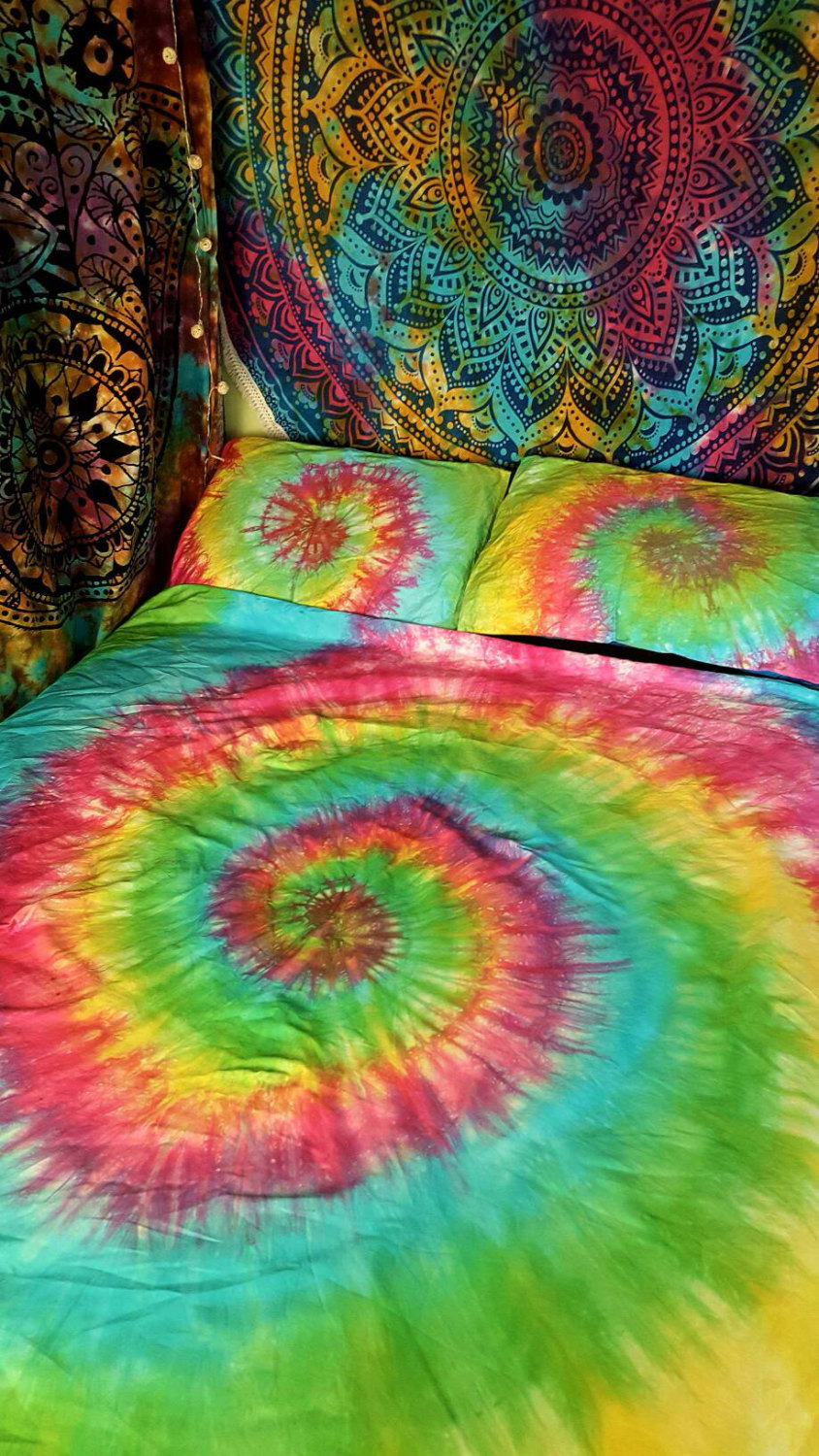 rainbow tie dye bedding photo - 6
