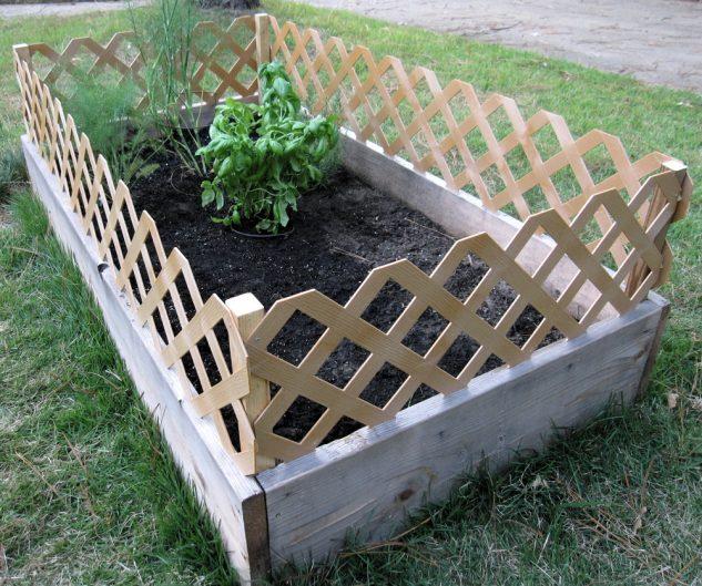 raised bed garden fencing ideas photo - 2