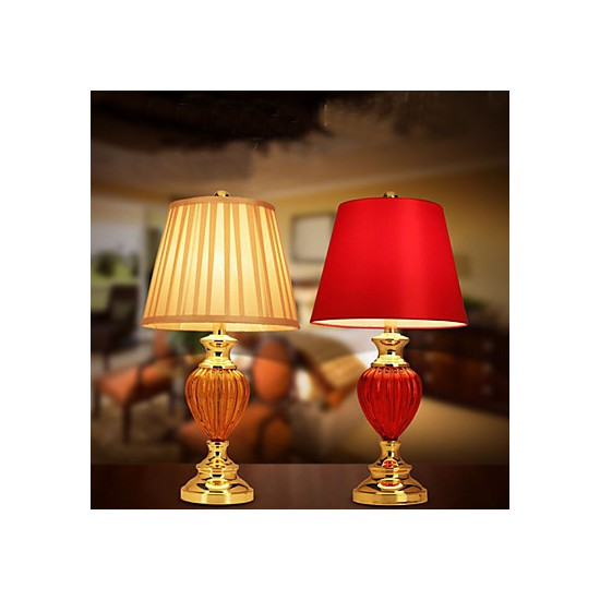 red bedroom lamp photo - 10
