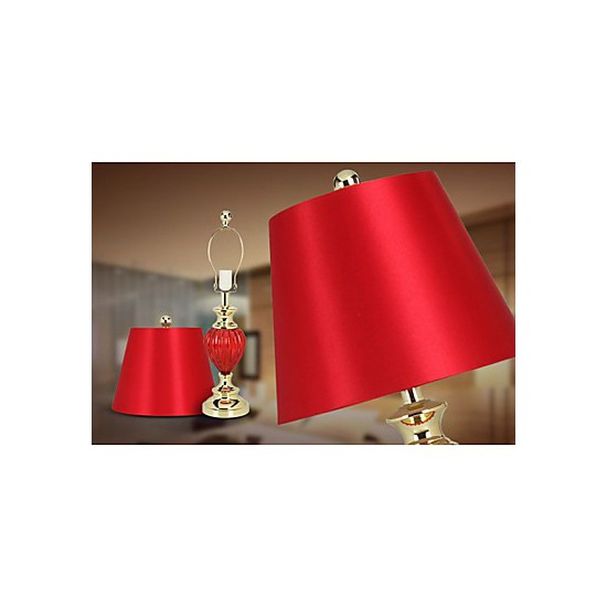 red bedroom lamp photo - 7