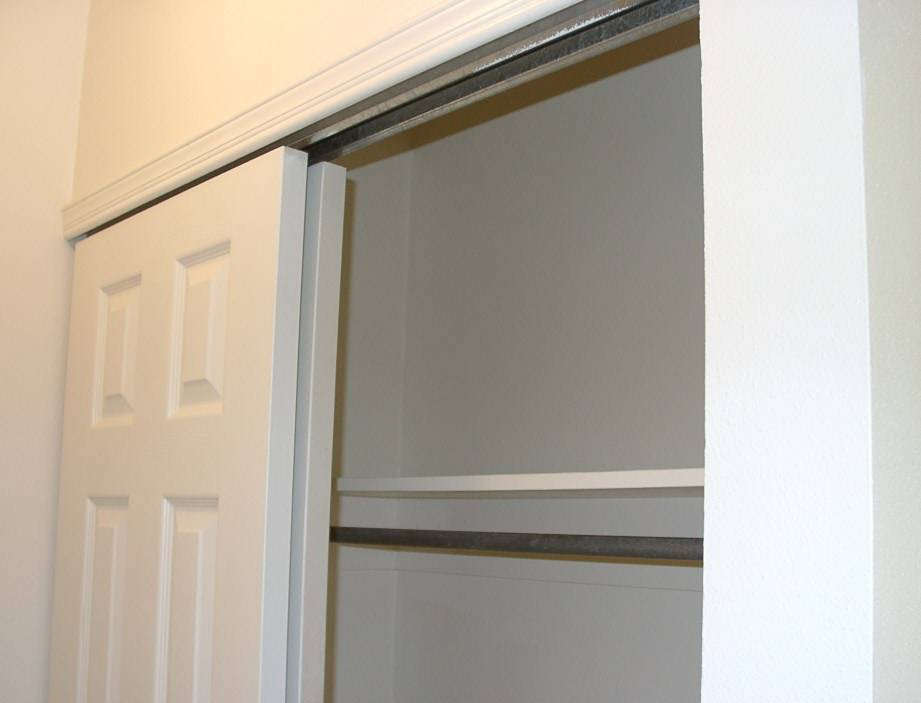 removing interior sliding doors photo - 7