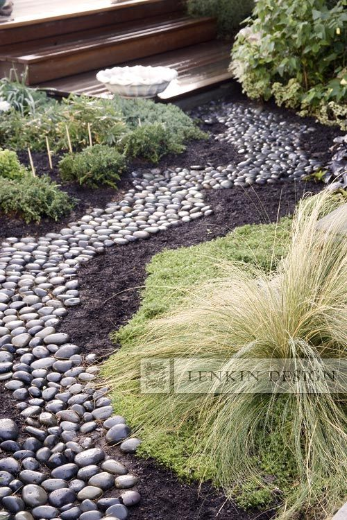 river rock garden bed photo - 7