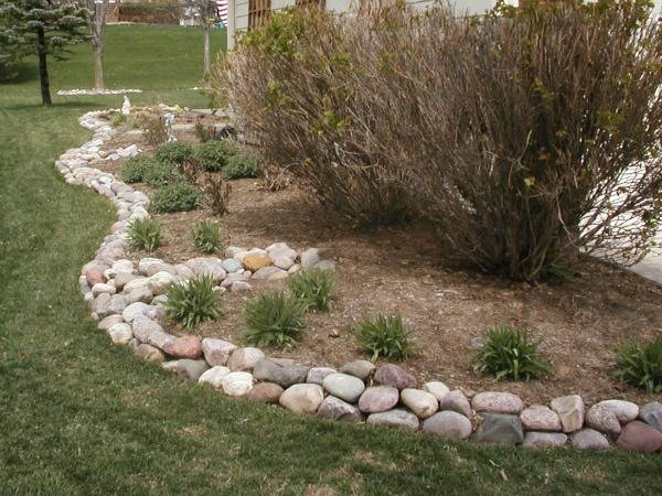 Delicieux River Rock Garden Edging