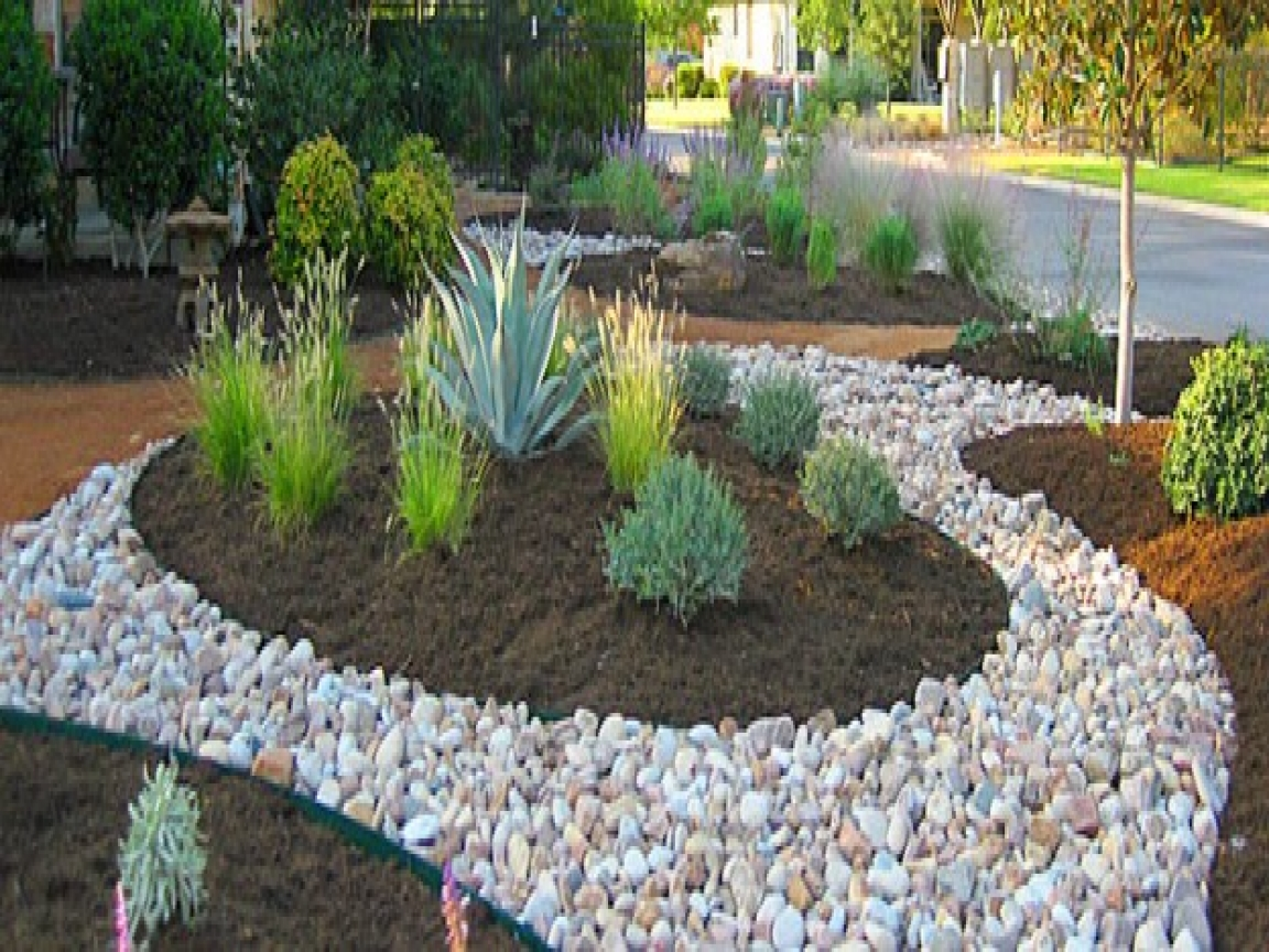 River rock garden edging ideas   Hawk Haven