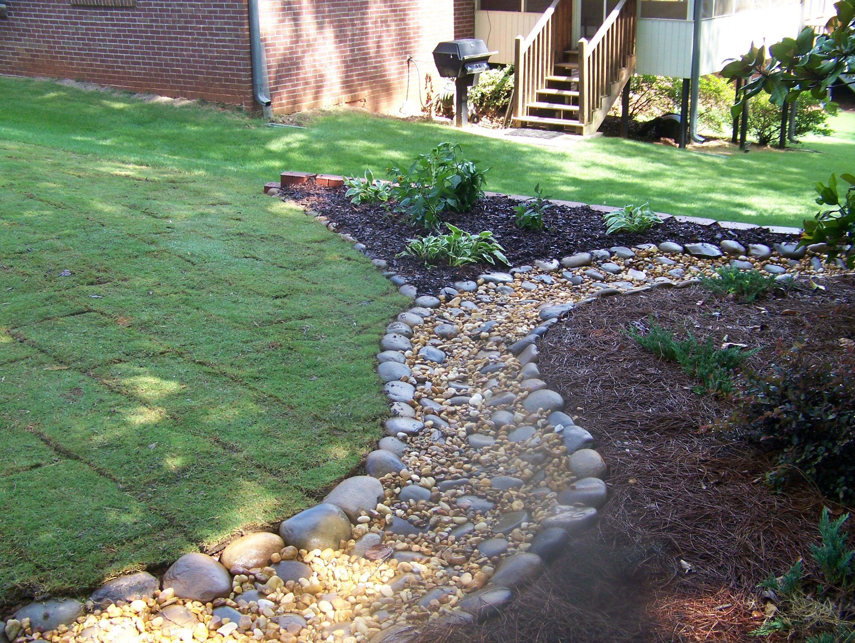 river rock garden ideas photo - 8