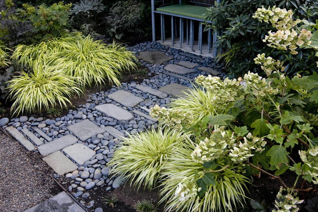 River Rock Garden Path Photo   3
