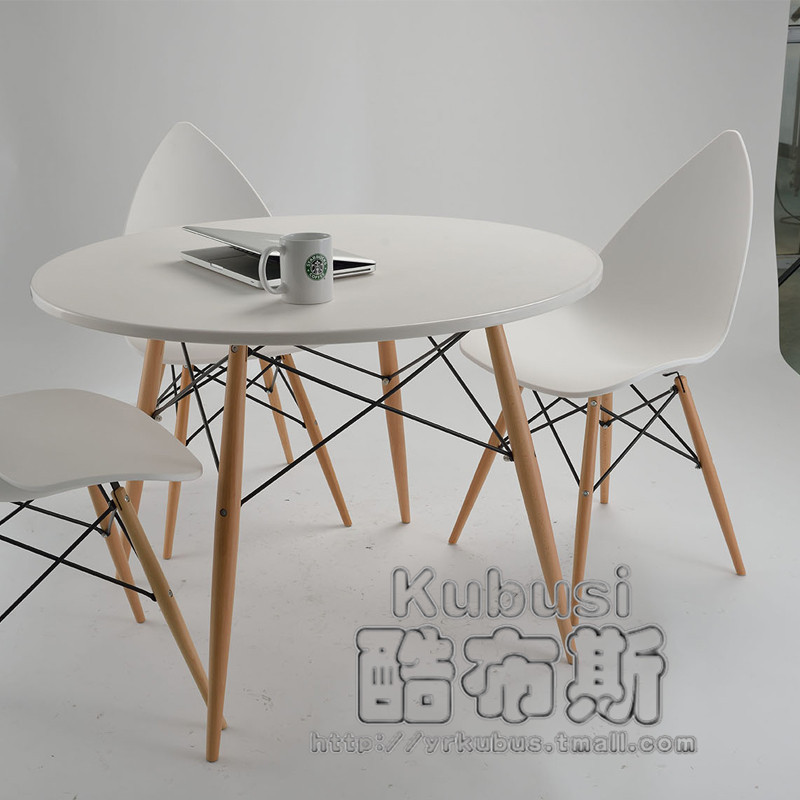 round dining table booth photo - 8