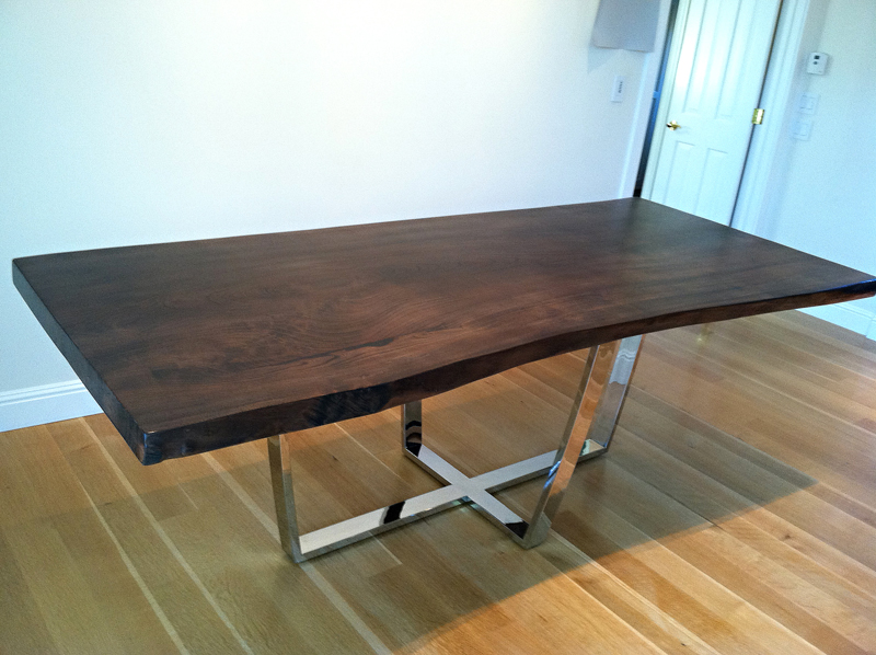 Superbe Rustic Dining Table With Metal Base Photo   4