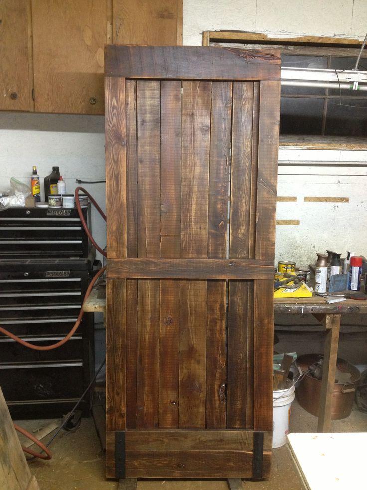 rustic interior sliding doors photo - 3